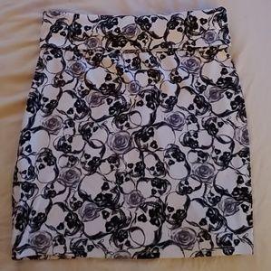 Skull pencil skirt